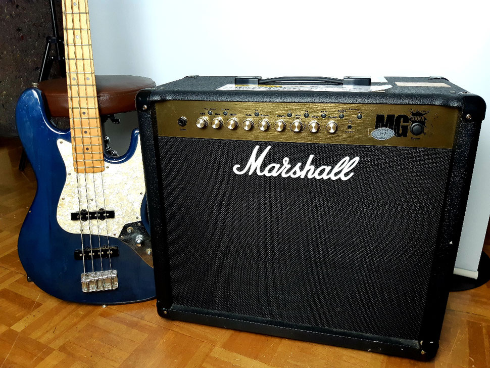 ギターアンプ Marshall MG 100FX