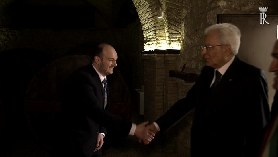 """Con il Presidente della Repubblica Sergio Mattarella, in occasione della visita dei """"luoghi della memoria"""" del campo fascista di  Casoli, 25 aprile 2018"""