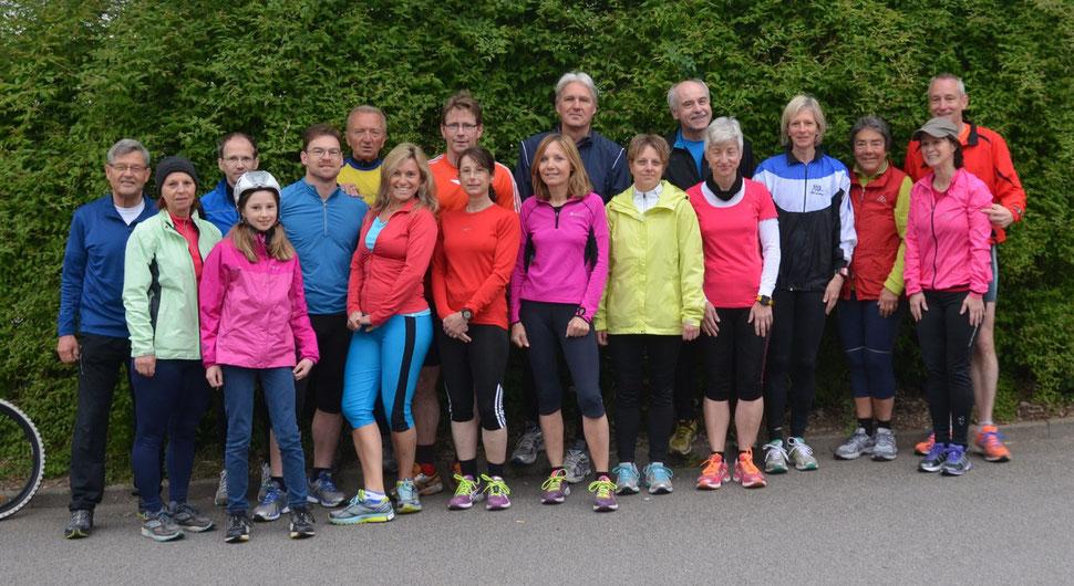 Alle außer Jürgen B, welcher noch von Neustadt kommend läuferisch unterwegs war.