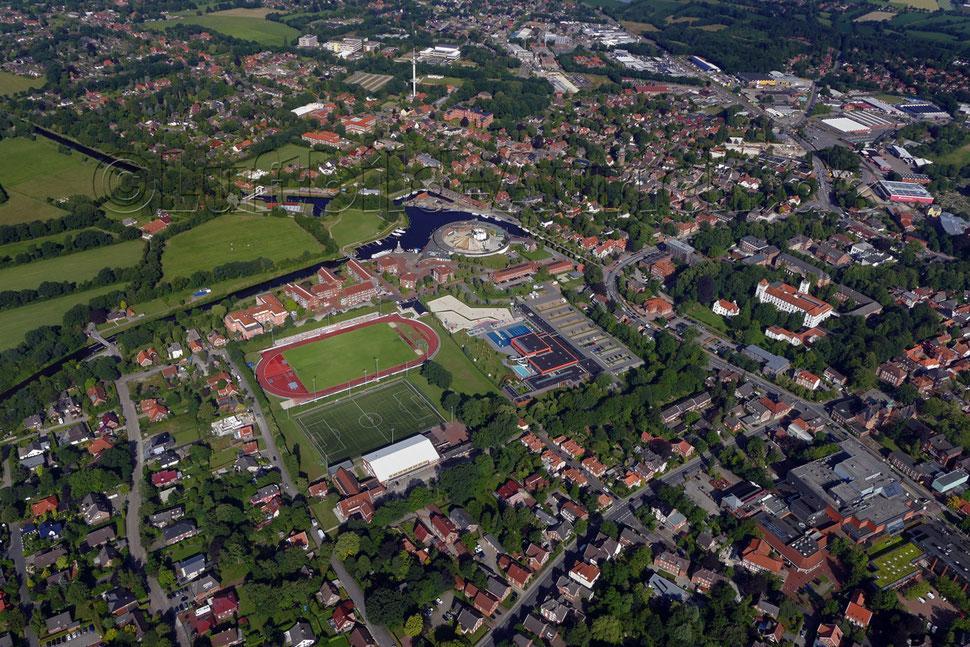 """Der Auricher Hafen und Ellernfeld mit """"De Baalje"""""""