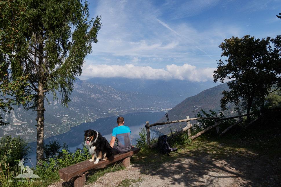 Berg-Wandern mit Hund zum Monte Stino Idrosee