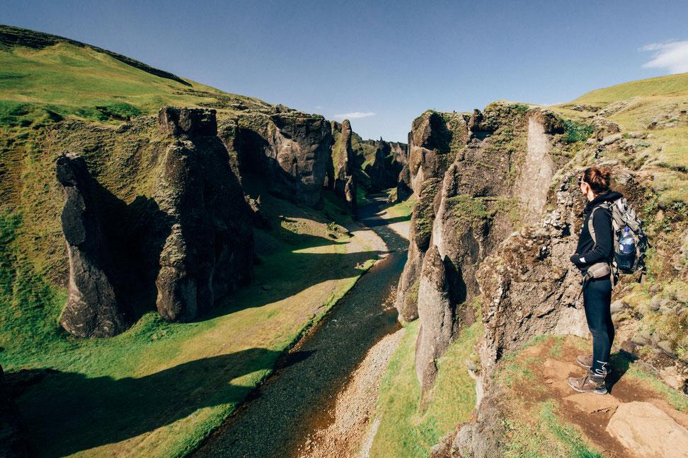Iceland road trip itinerary. Fjaðrárgljúfur Canyon