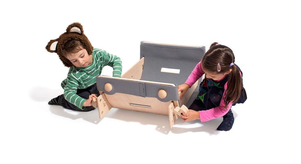 Kinderspielzeug, Holz, Designspielzeug, Holzkinderspielzeug, Chantal Bavaud, nachhaltiges Design, Designpreis, Aarau, Schweizer Design, hochwertiges Spielzeug