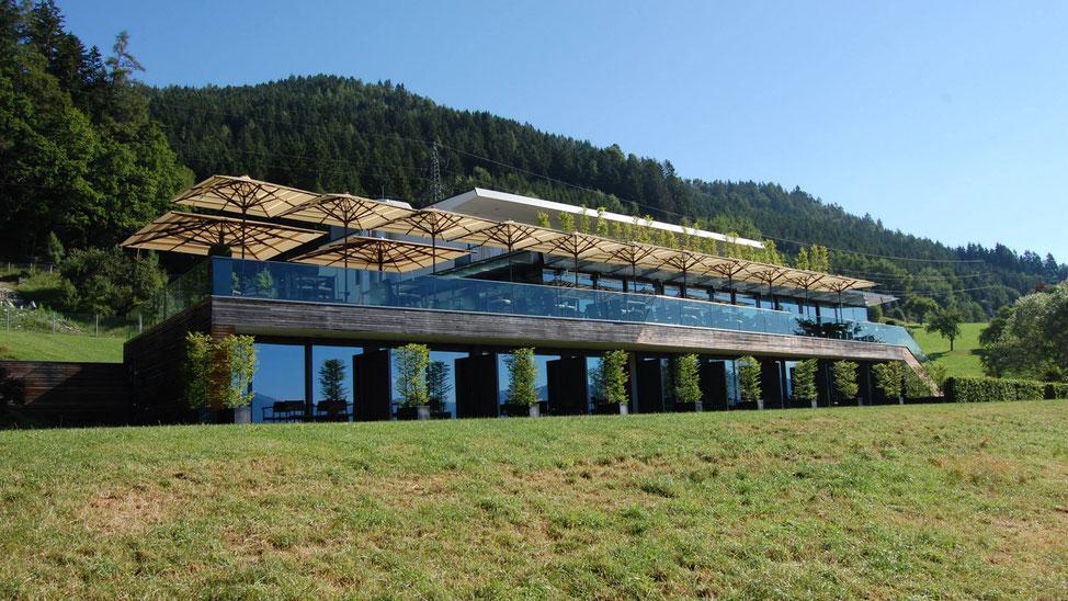 Sonnenschirme & Co  - Gastroschirme - Red Bull Projekt Spielberg - Gasthaus Schönberghof