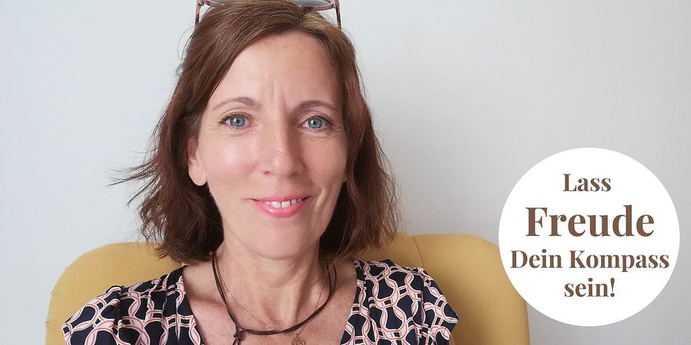 Freudvolles Seelengeflüster - Brit Gloss - Lass Freude Dein Kompass sein