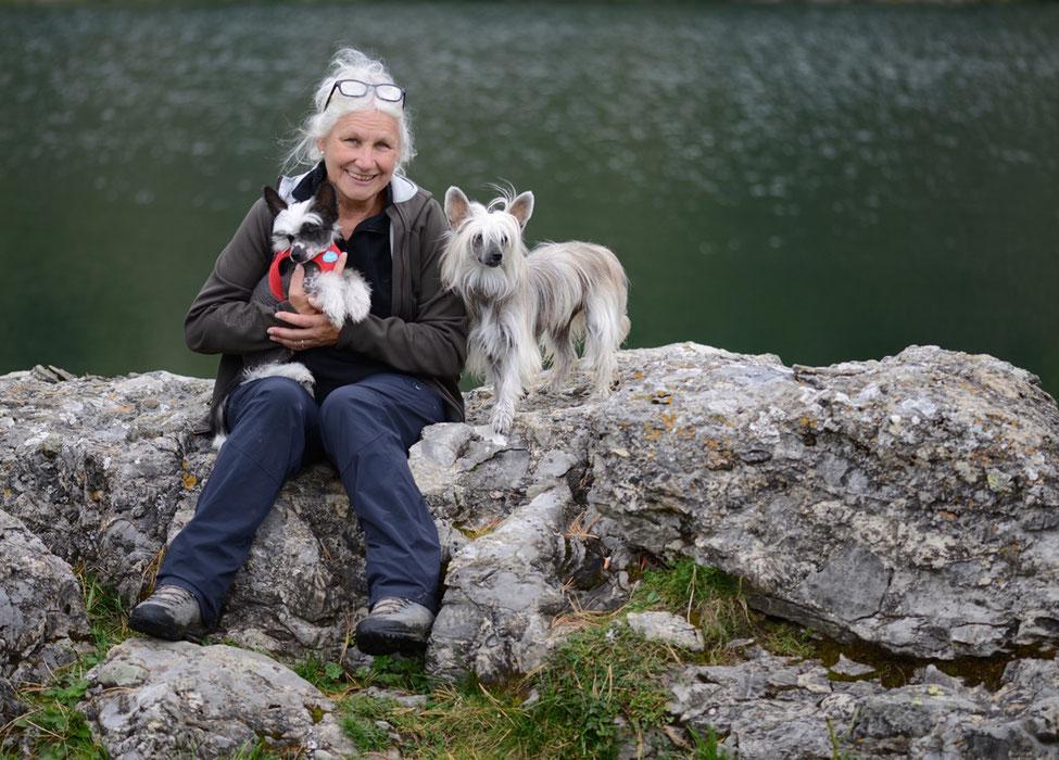 Wandern mit Hund, Wander mit hund mit Handicap, wandern mit taubem Hund