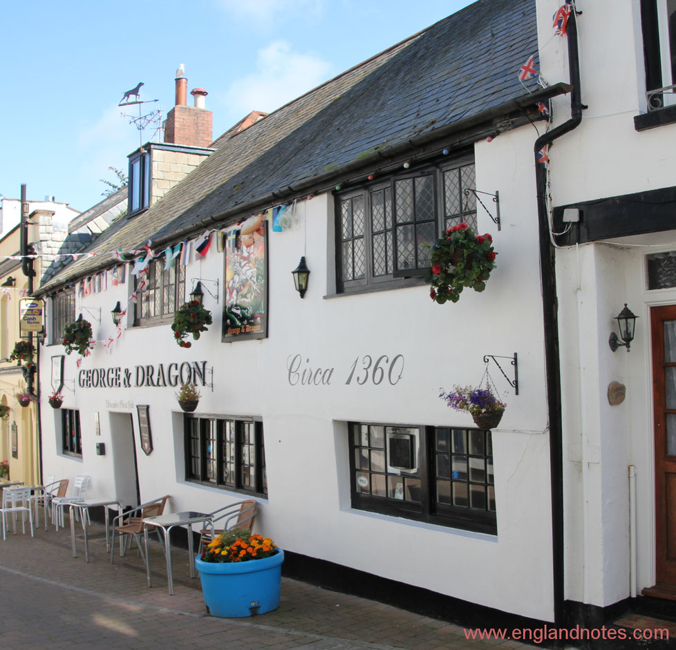 Ein englisches Pub, George & Dragon in Ilfracombe, Devon, England