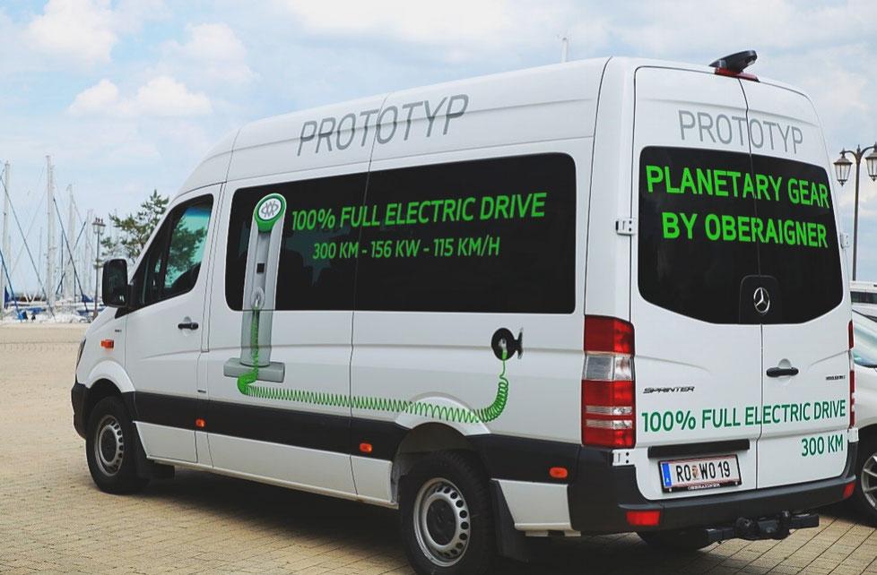 Elektrifizierter eVan mit eingebautem Oberaigner Planetengetriebe | © Oberaigner Powertrain GmbH, 2017