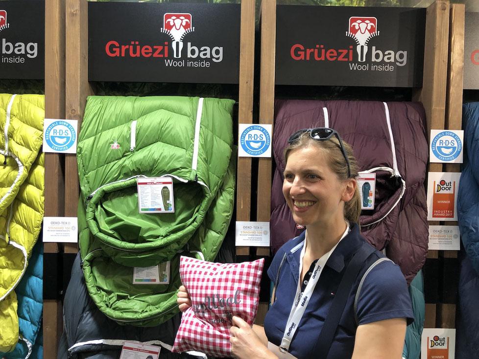 Berghuhn, OutDoor by ISPO, Radreise, Radtour, Bikepacking, Schlafsack Daune und Wolle, Grüezi Bag