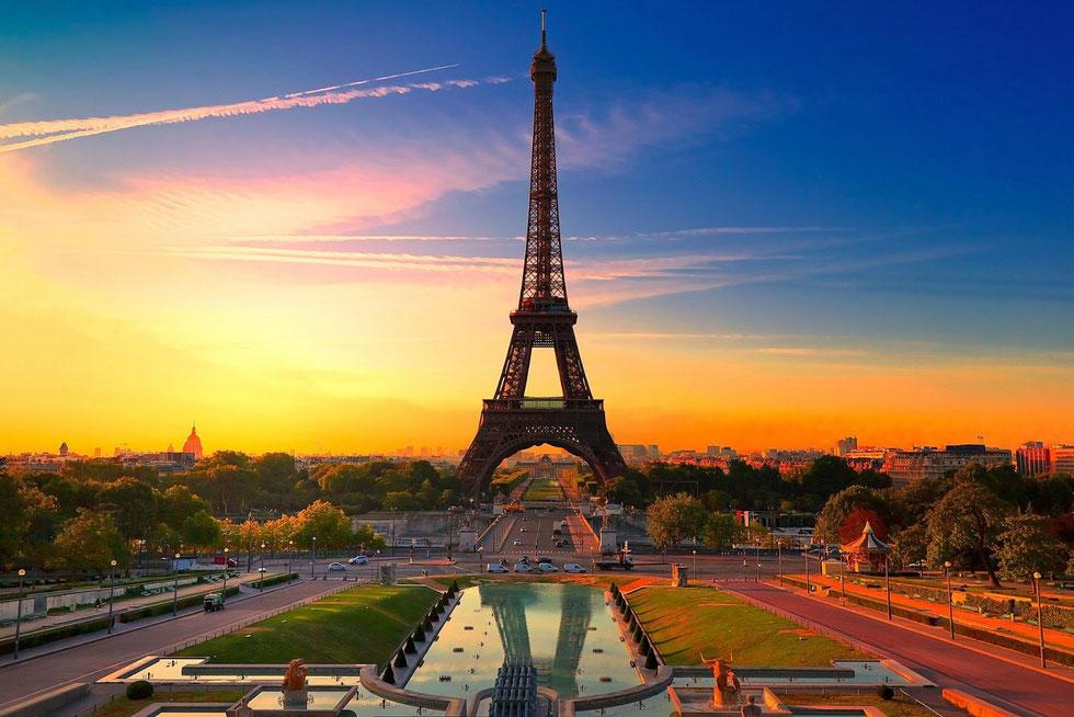 Paris, tour of Paris , monument