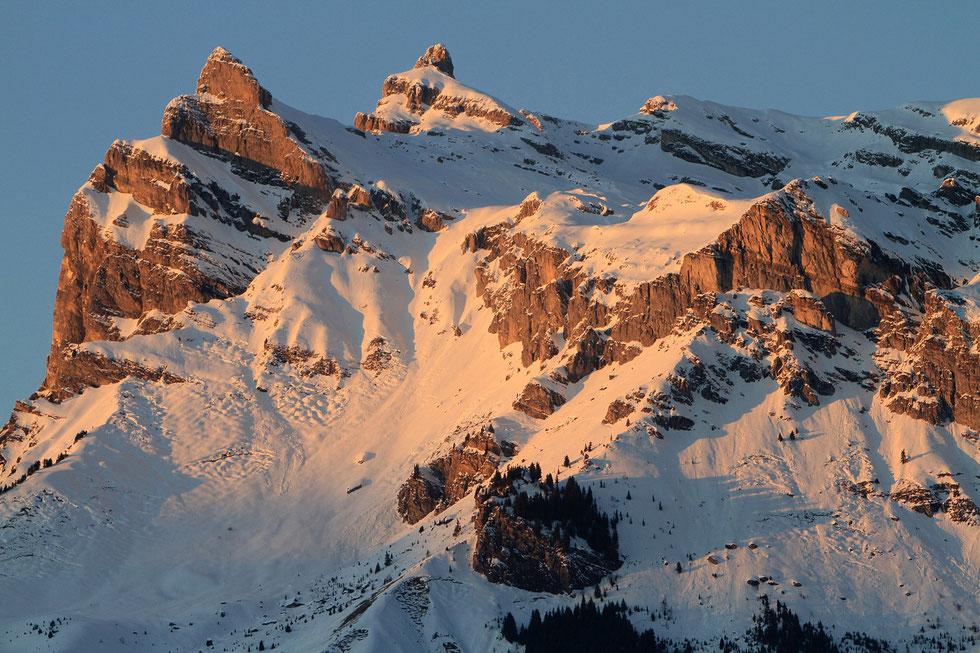 Aiguilles de Warens (Aiguille de Varan). Vue depuis Saint-Gervais-les-Bains. Haute-Savoie.