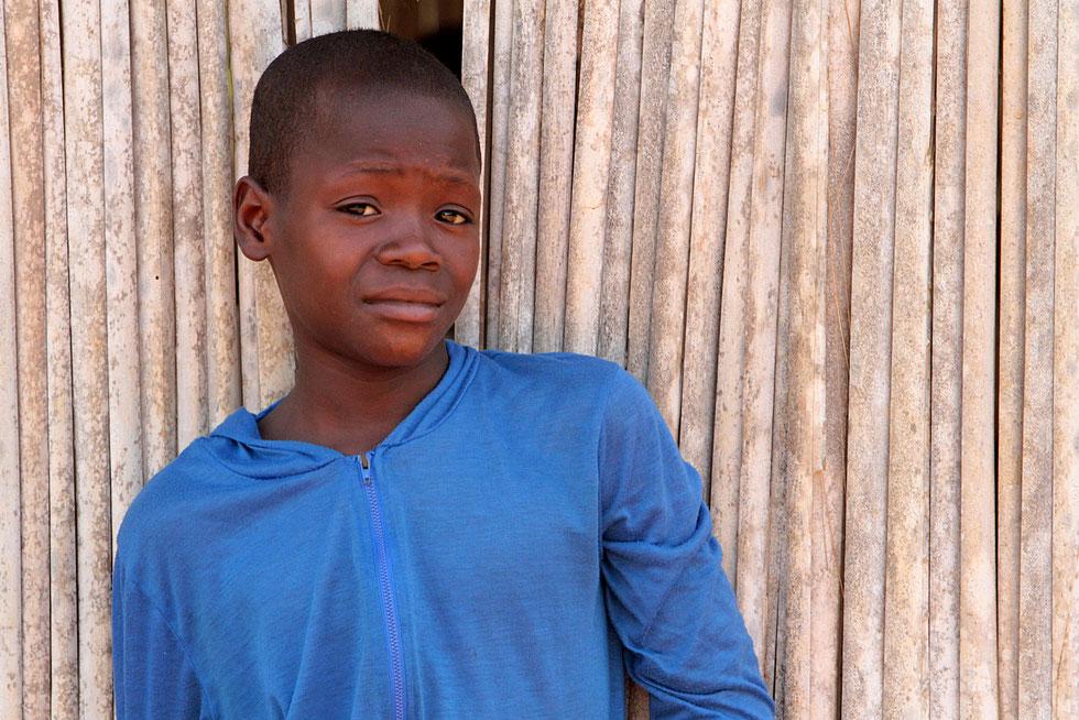 Portait d'un écolier africain. Ouidah.