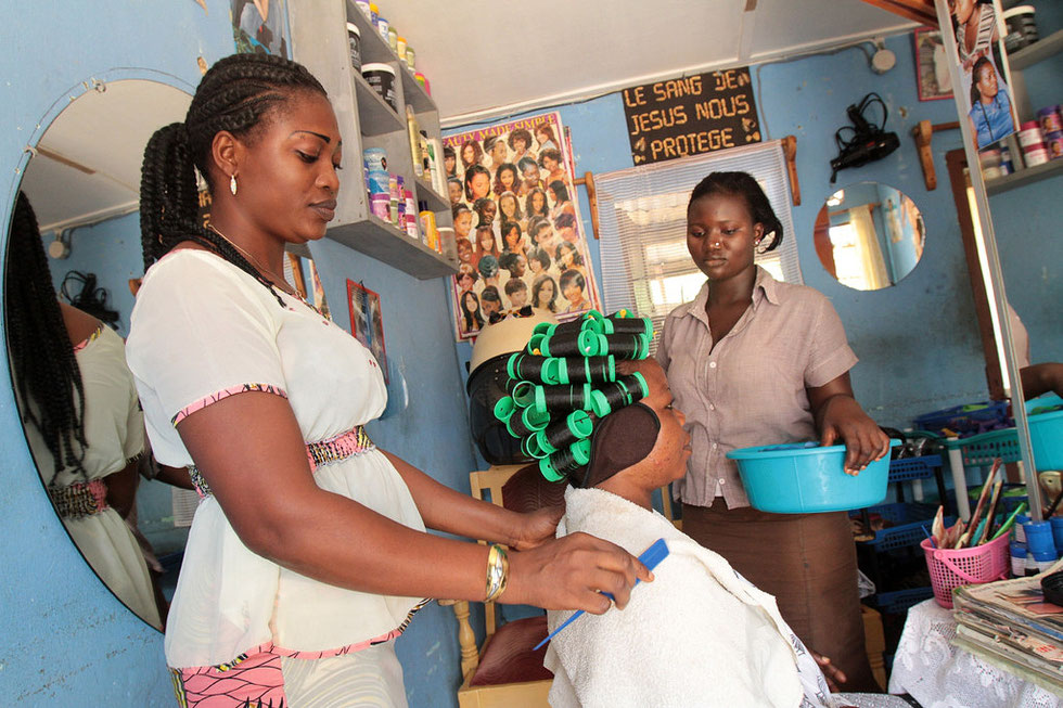 Atelier de coiffure. Lomé. Togo.