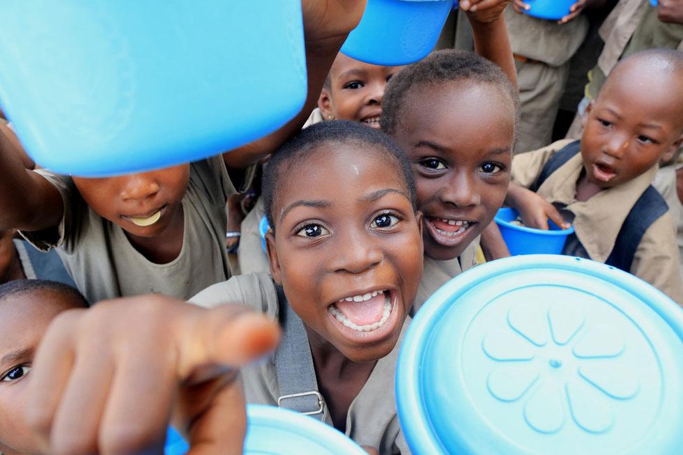 Déjeuner des écoliers. Lomé. Togo.