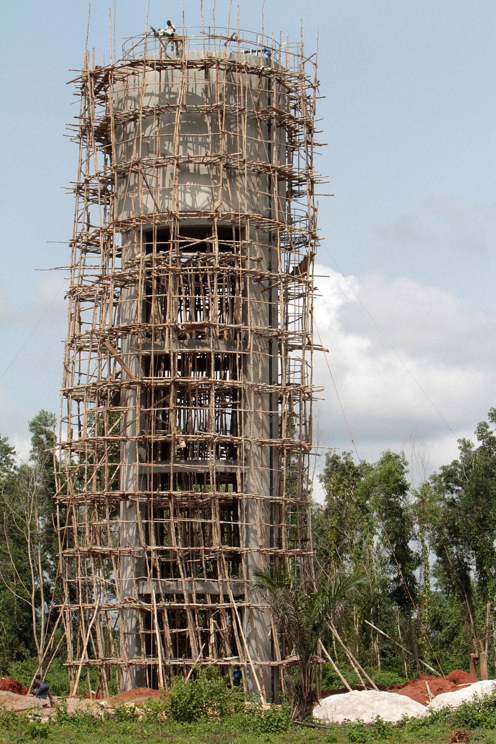 Water tower construction. Ouidah.