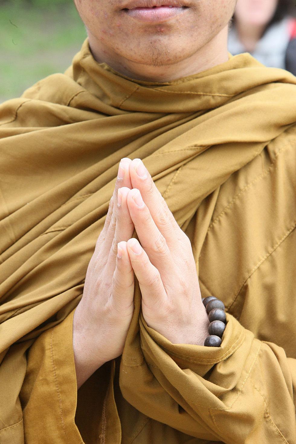 Moine bouddhiste. Pagode de Vincennes. Paris.
