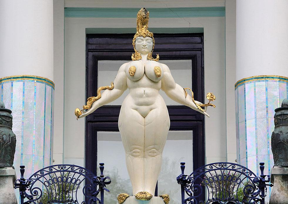 """Esther"" by Ernst Fuchs. Statue Art Nouveau. Otto wagner Villa I."
