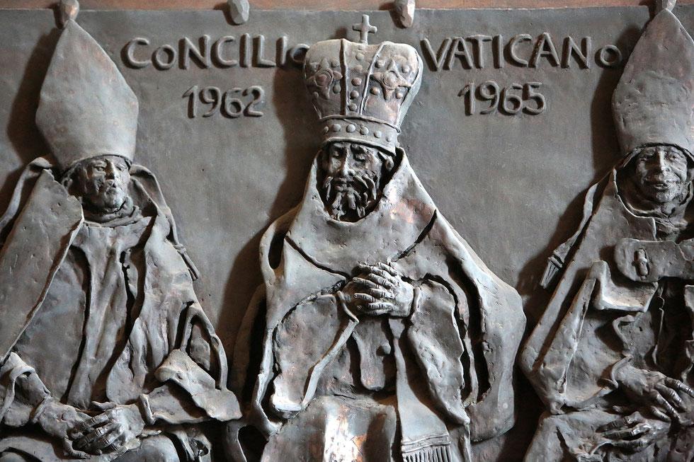 Concile de Vatican II. 1962-1965. St. Peter's Basilica. Roma.