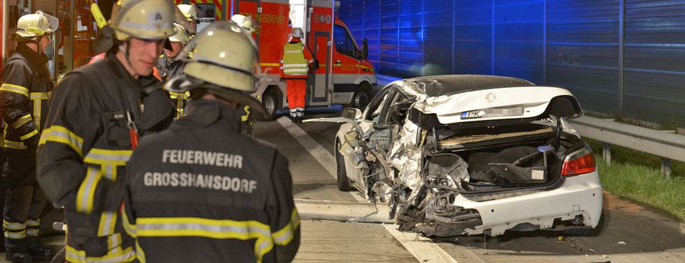 20.04.2015 - Schwerer Verkehrsunfall auf der A1.