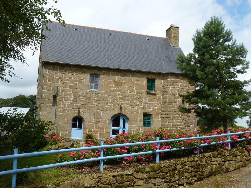 La Gelinais: ancienne maison de prêtre transformée en gîte