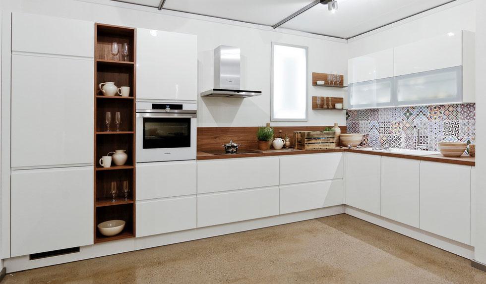 ber ideen zu k che grifflos auf pinterest k chenschr nke wei e hochglanzk che und. Black Bedroom Furniture Sets. Home Design Ideas