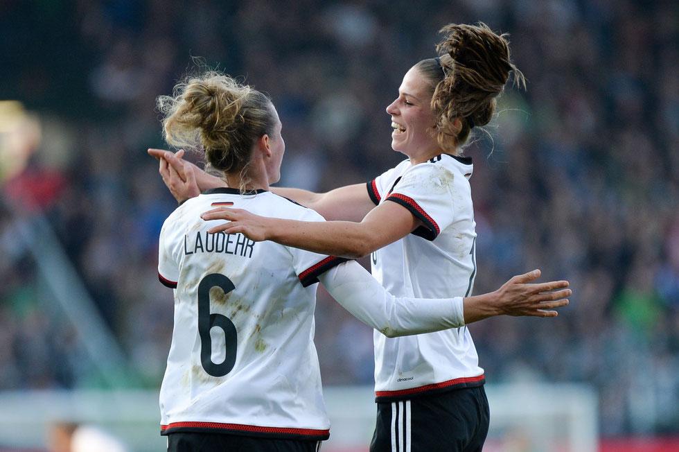 Deutschland besiegt Brasilien mit 4:0 - Jubel bei Simone Laudehr und Melanie Leupolz