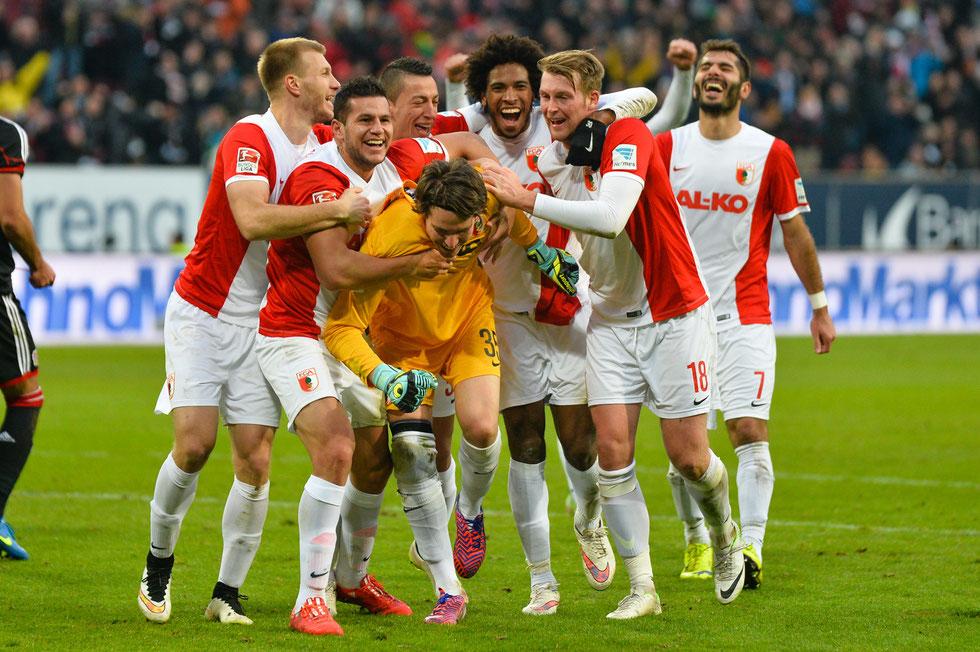 Marwin Hitz - der Held des Tages beim Bundesligaspiel FC Augsburg gegen Bayer Leverkusen