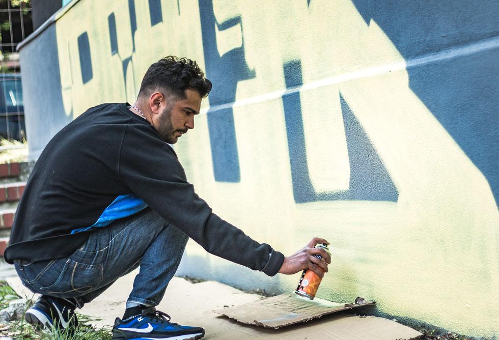 #streetart #graffiti #tag #bln #streets #berlin #xberg #kreuzberg #urban #urbanart #sprayer #kunst #projekt #artist #sprayart #grafiti #grafitti #wall