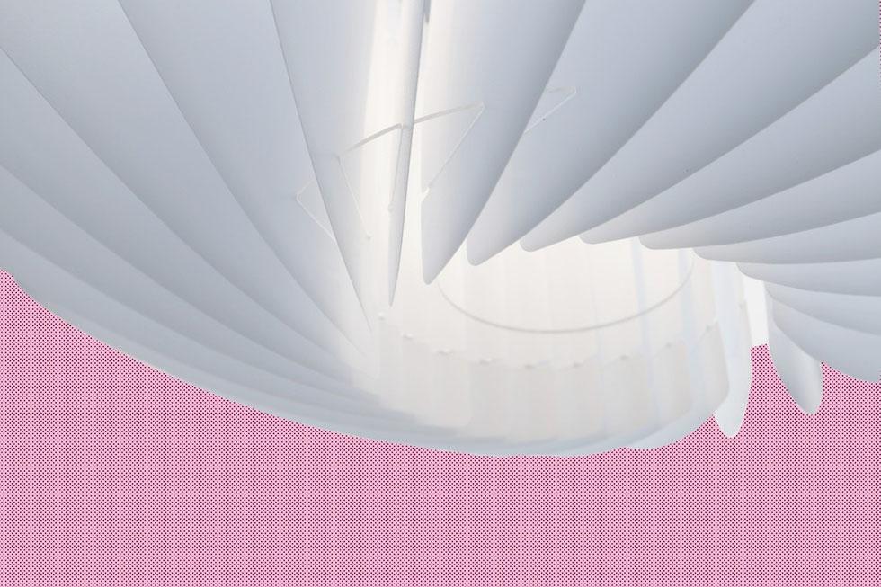 Abażur do lampy stojącej. Nowoczesny abażur Twist nadaje się zarówno do lampy wiszącej jak i do lampy wiszącej.