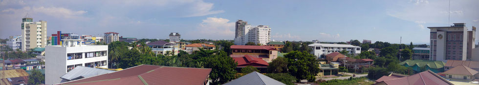 Angeles City, Blick vom Clark Imperial Hotel