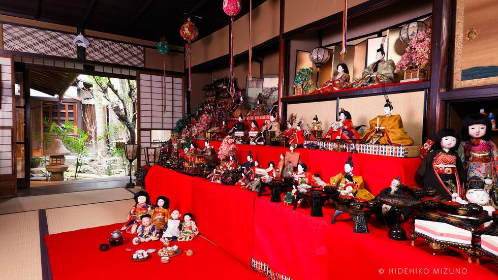 西陣・千両ヶ辻 雛祭り展 水野克比古フォトスペース「町家写真館」のひな飾り