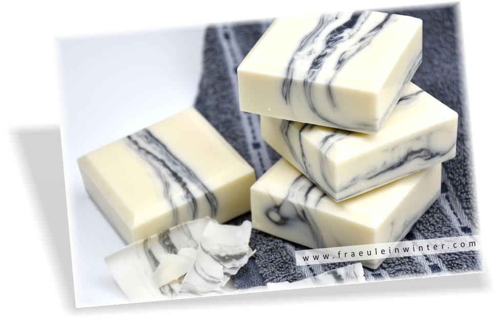 Pflegende Seife | Marbled Soap by Fräulein Winter