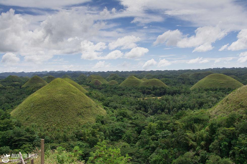 Chocolate Hills-Bohol |aroundtheworldstepbystep.com