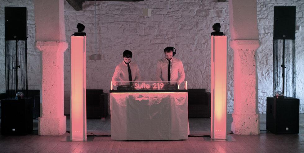 DJ Buchen, Profii Technik, Suite 219 DJ Service & Eventtechnik für Hochzeiten, Firmenfeiern, Geburtstage und Veranstaltungen aller Art in Esslingen, Stuttgart, Reutlingen, Biberach
