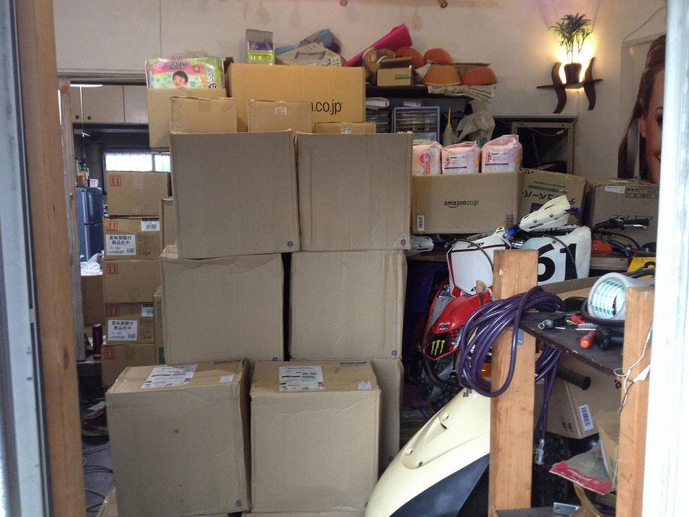 さらに続々と物資が届いてきている南本店の様子
