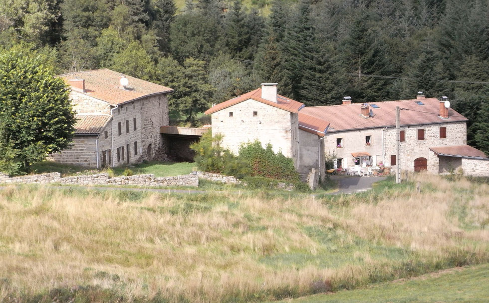 Vue d'ensemble du hameau de Mandon.