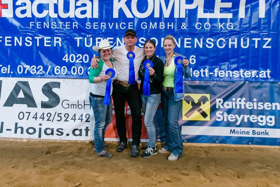 """Verena Grosstessner, Tom Trauner, Viktoria Hojas und Sophia Lindinger-Pesendorfer gewannen als """"Tom and his Cherries"""" den Team-Bewerb. Foto: Andrea Indrich"""