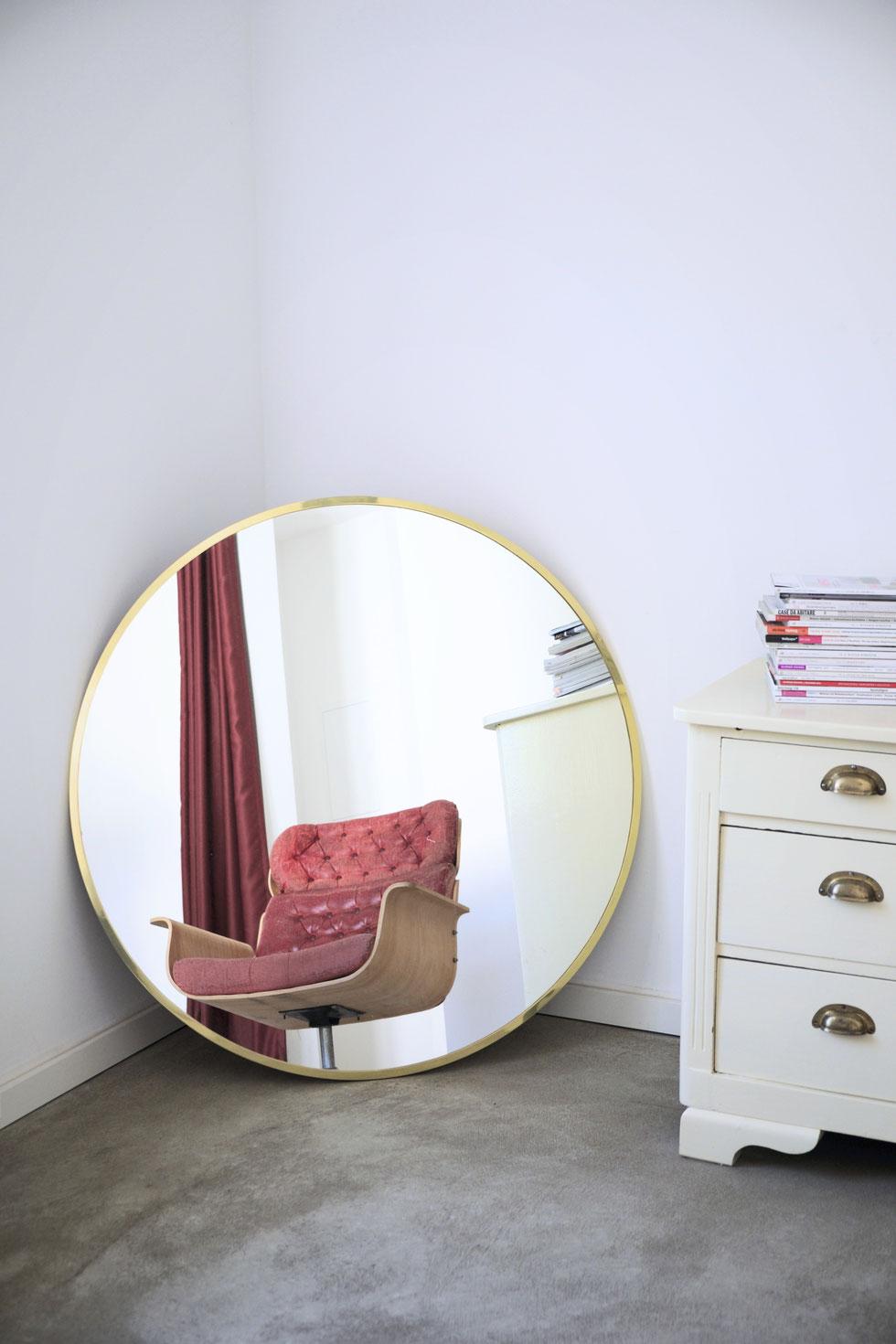 mirror time to GOHOME - Apartment Köln