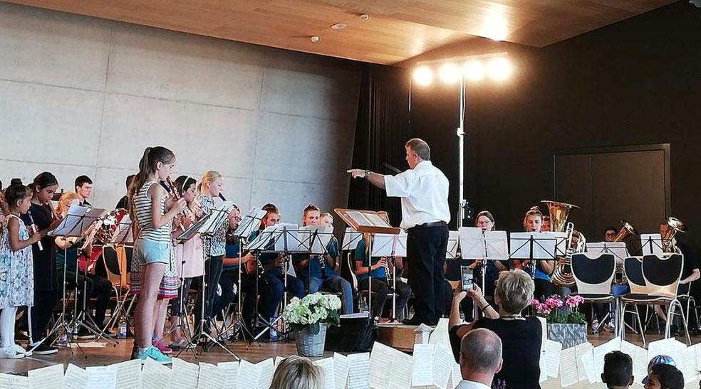 Jugendkapelle Dußlingen und Flötenkids