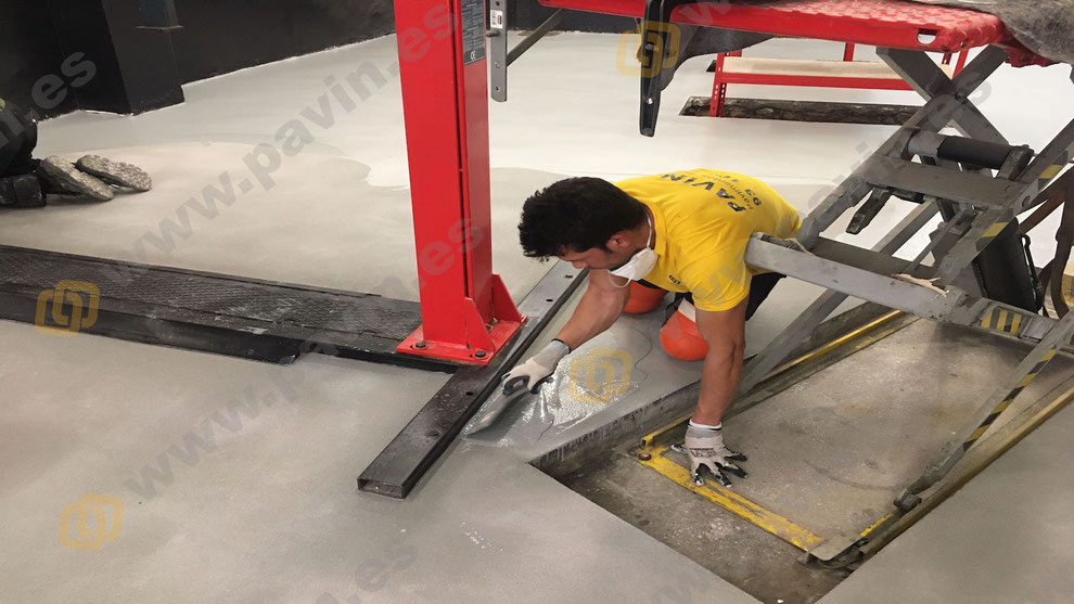 Pavimentos continuos de resina para la industria aplicados por Grupo Pavin