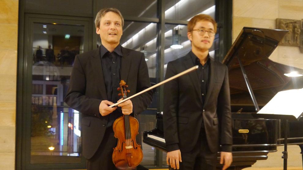 Thomas Timm und Hyeonjun Jo (v.l.)