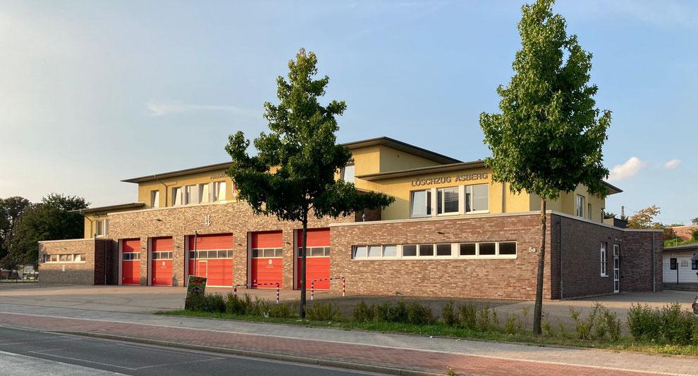 Moers | Feuerwehrhaus der Löschzüge Stadtmitte und Asberg | September 2021