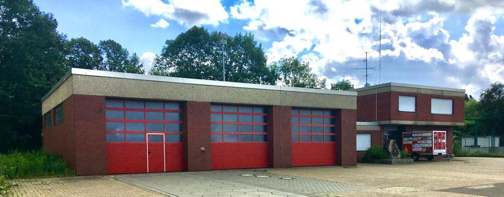 Bergheim   Feuerwehrhaus des Löschzugs Niederaußem   Juli 2021