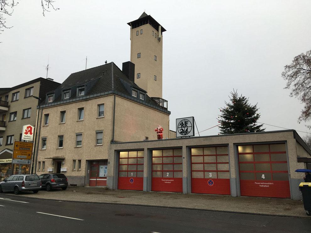 Kerpen   Feuerwehrhaus des Löschzugs Horrem   Dezember 2020