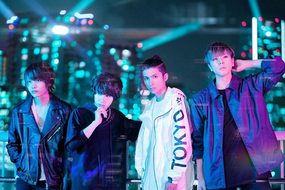 The sixth lie. Von rechts nach links: Bassist Ryusei, Drummer Ray, Sänger Arata und Gitarrist Reiji