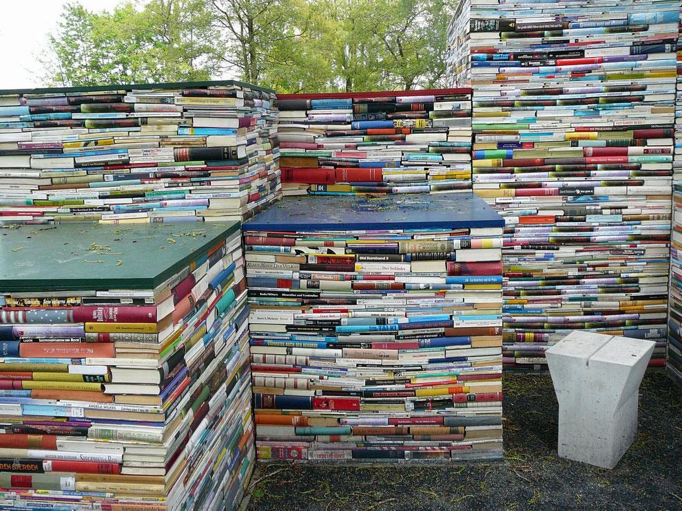 """Tolle """"Lese-Ecke"""" und """"Buch-Bauten"""" - für jeden Lese-Geschmack ist etwas dabei!"""