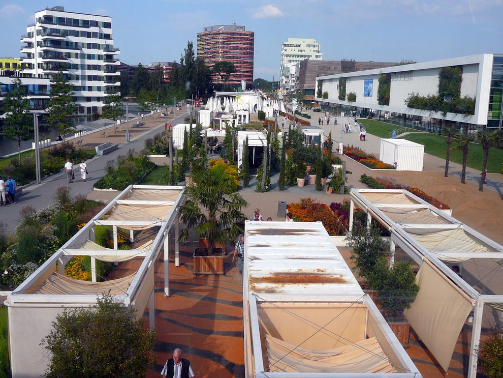 Internationale Gartenschau, Wilhelmsburg, IBA Gebäude