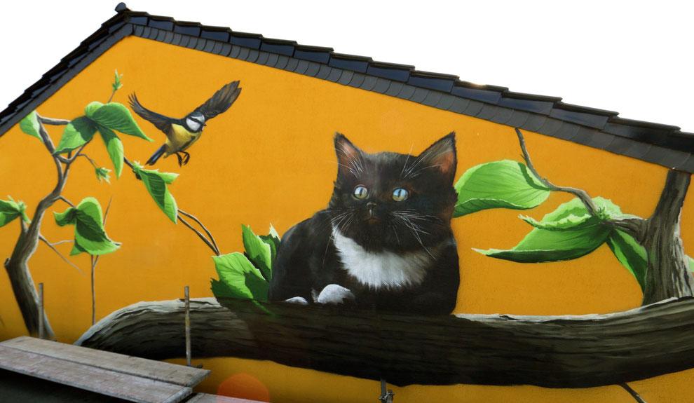 Wandmalerei an der Fassade
