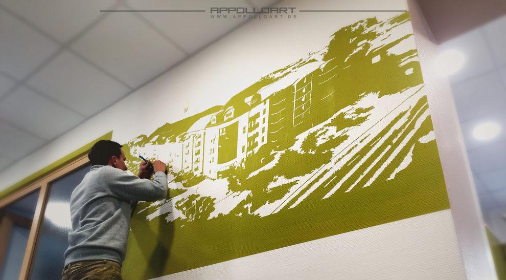 Wandmalerei im Innenraum mit Grafiken aus dem Vektorbereich