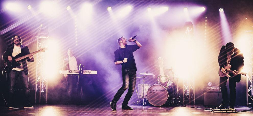 Musikersuche der Künstleragentur und Künstlervermittlung ACTS & BEATS für Köln, Bonn, Düsseldorf und NRW.